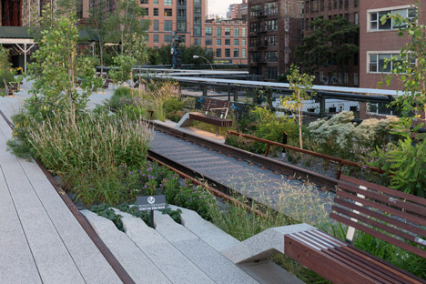 The-High-Line-at-the-Rail-Yards_dezeen_468_131